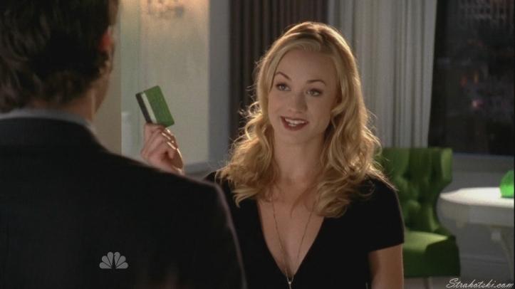 Sarah returning the schnook's card