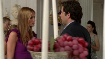 Carina telling Chuck about Sarah's feeling for him