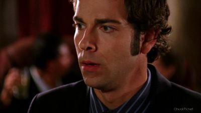 Chuck hearing Sarah say she dosen't like him