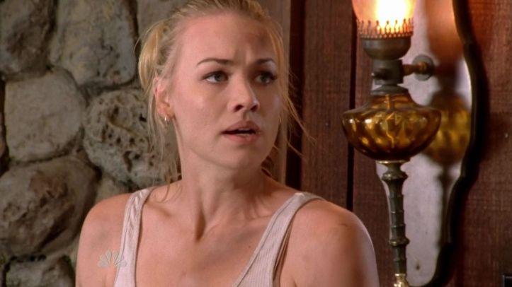 Sarah watching Casey kill Keller