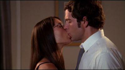 Jill and Chuck kiss in hotel
