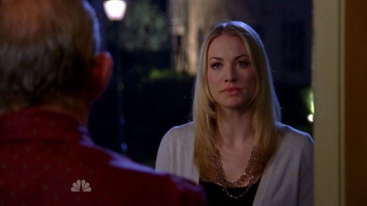 Sarah shows up at Dr. Dreyfus house
