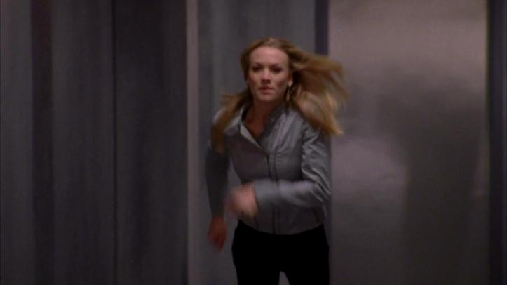 Sarah running after Chuck